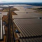 Falling power prices could benefit mega-sized solar and wind projects