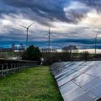 Victoria seeks 600MW wind and solar to power hospitals, schools and trains